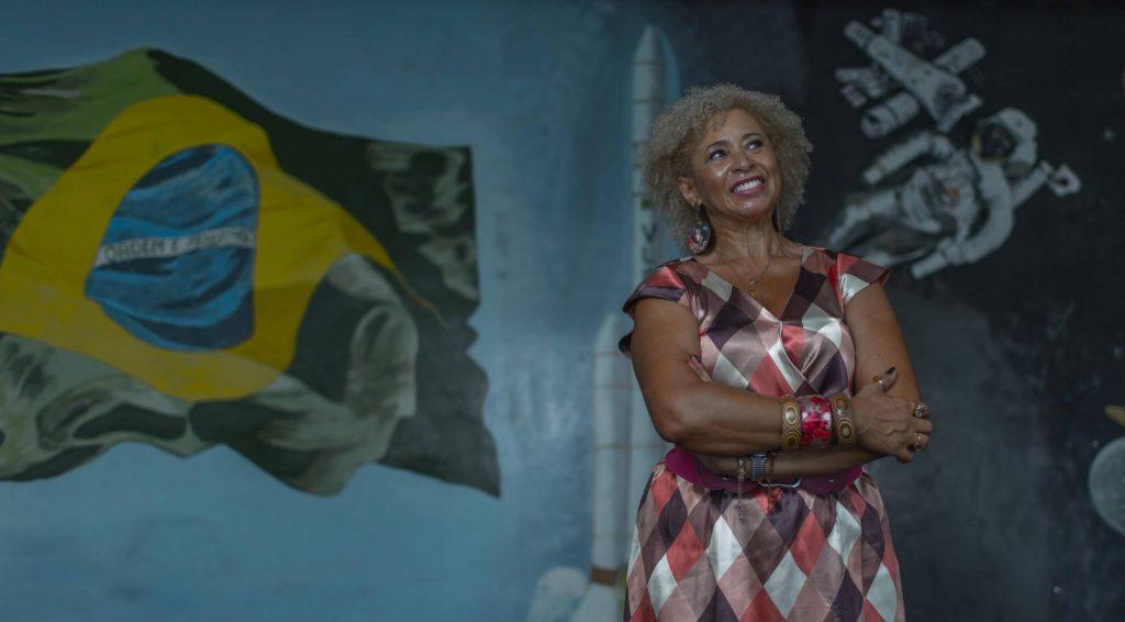 Sonia Guimarães no ITA/Foto Roosevelt Cássio