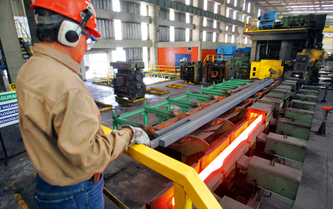 Empregos nas indústrias siderúrgicas estão em risco com Guerra do Aço / Foto: Arquivo